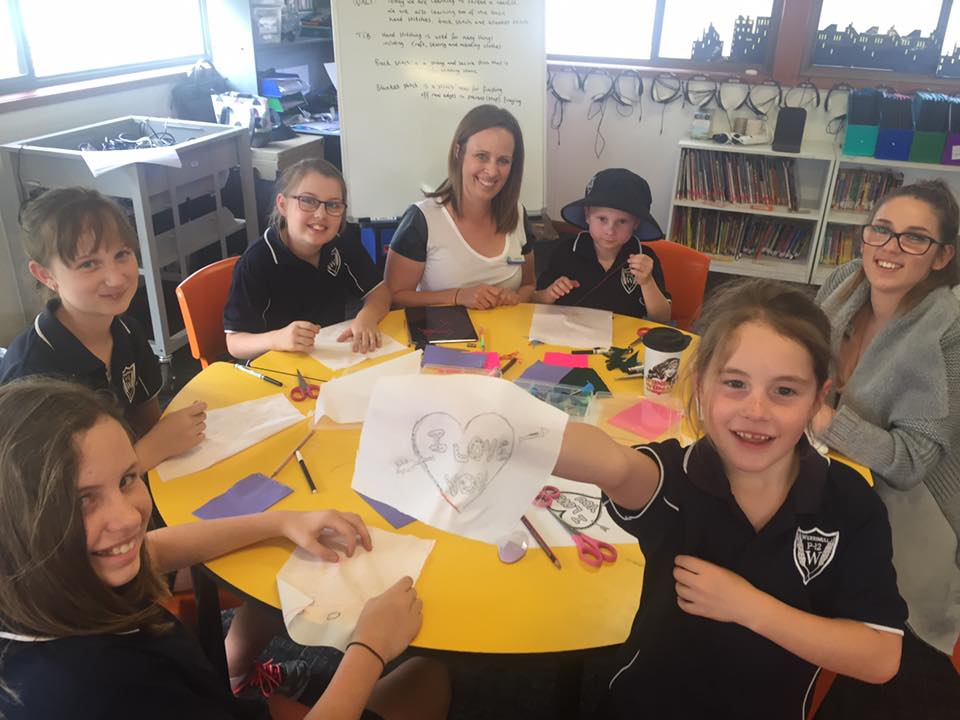/uploaded_files/media/gallery/1486511672The Grade 1-6 students enjoyed their first day of electives with textiles and DCT!.jpg
